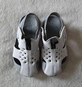 NIKE Kids sunray protect sandals grey 8.5 UK, 26 EU