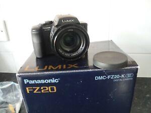 Panasonic LUMIX DMC-FZ20 Digital Camera Original Box and Contents