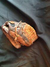 Louisville Slugger Glove 10.5 Inches