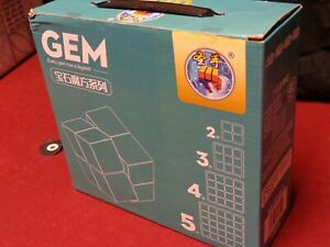 4 shengshou cubes.  Gem twisty puzzle brain teaser Different sizes from 2x2- 5x5