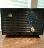 Vintage 1950's RCA Victor Model 6-X-5 Tube AM Radio For Parts Or Restoration