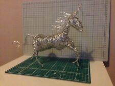 Escultura De Unicornio wirework, Escultura de jardín de alambre único hecho a mano
