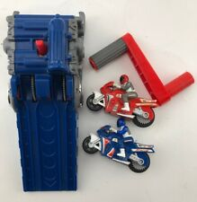 Hot Wheels Dual Cycle Motorcycle Racer Launcher With 2 Motorcycles