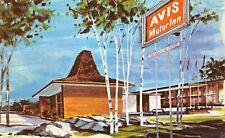 West Chester Ohio 1960-70s Postcard Avis Motor Inn near Cincinnati