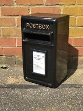 Post Box With Key In Black