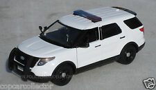 Motormax 1/24 2015 Ford PI Utility Police SUV - Blank White With Lightbar 76959