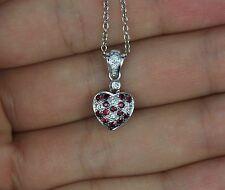 Levian 14k ORO BLANCO Rubí Rojo Redondo Colgante de corazón de diamante CADENA