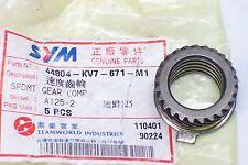 SYM Pignon de compteur de vitesse pour Violon 50 ET: 44804-KV7-671-M1 ou