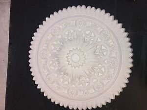 Plaster ceiling rose, Large Scallop design. 800mm wide. CP65