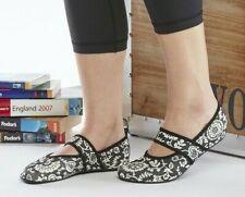 Nufoot Futsole Black White Flowers Spandex Rubber Slipper Socks Size L 8.5 -9.5