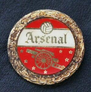 VINTAGE ARSENAL FC Pin Badge Wreath