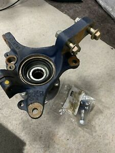 Genuine Subaru Impreza Turbo Front Hub Axle Housing/Knuckle RH