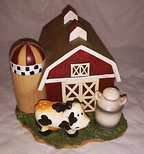 Dairy Farm Barn Table Set With Ceramic Cow And Milk Can Salt & Pepper Shakers