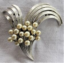 Vintage Signed Trifari Silvertone Faux Pearl Brooch Pin
