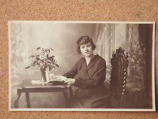 R&L Postcard: Vintage Photo of Edwardian Lady, Dress/Clothes/Fashion, Arnold