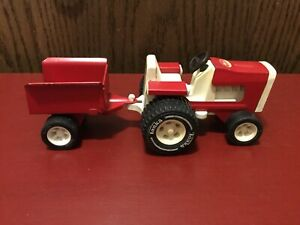 Vintage Tonka Pressed Steel Garden Lawn Tractor & Trailer Red And White 1970's