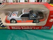 Revell NASCAR DIE CAST MODEL 1/24 SCALE #17 WESTERN AUTO LUMINA DARRELL WALTRIP