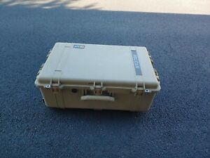 Pelican 1650 Protector Case Hard Wheeled Rolling Travel Case
