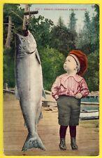 cpa Petit PÊCHEUR et sa PRISE Poisson Little FISHERMAN and His CATCH Fish