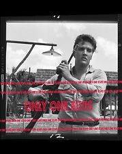 ELVIS PRESLEY in the Movies 1962 8x10 Photo FOLLOW THAT DREAM with Machine Gun