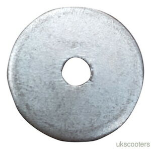 ukscooters LAMBRETTA ENGINE BUMP STOP WASHER GP LI TV SX NEW SIL SPACER