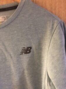 Men's New Balance T-shirt Size M