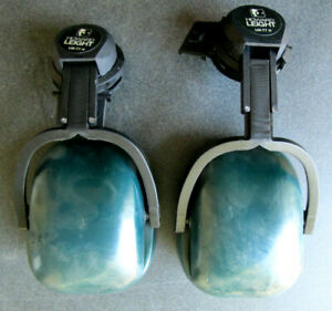 Howard Leight LM-77H Hearing Protector Hard Hat Mount