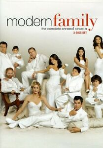 Modern Family: The Complete Second Season : 3-DVD Set (DVD, 2010)