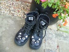T.U.K. Classic Kitty Cat Face & Tail  Size 5 UK Eye & Zip Combat Sneaker Boots