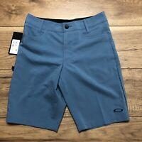 Oakley Mens Regular Fit Shorts Base Hybrid Sz 28 Blue Casual Golf Stretch NEW!!