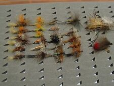 25 moscas surtidas, S/M. Paisana y tricolor..... Pesca a mosca. FLY FISHING (72)