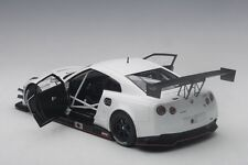 Autoart NISSAN GT-R NISMO GT3 MATT WHITE 2015 COMPOSITE MODEL 1/18 Scale New!