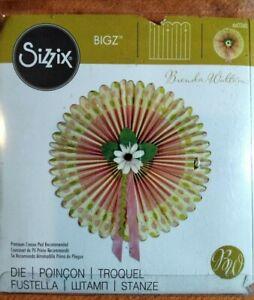 Sizzix - Bigz Die - Large Medallion - Pritine Condition.