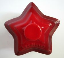 New Le Creuset Stoneware Star Shaped 09-28 Ramekin Red With Lid 6 oz