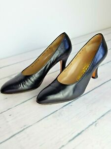 SALVATORE FERRAGAMO Shoes Womens Black UK 3.5B/US 6 | Round Toe | Made In Italy