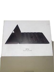 Apple Smart Keyboard Folio for iPad Pro 10.5 !!