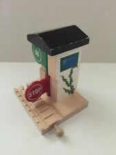 2000 Thomas the Tank Engine Train Stop and Go House USED