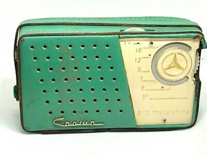 VINTAGE CROWN TR-620 TRANSISTOR RADIO LEATHER CASE TEAL GREEN MERCEDES VERY RARE