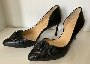Ukies Woman's Heeled Black Leather Flowers Dress Shoes 6.5
