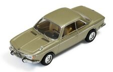 "BMW 2000 CS ""Champagne Metallic"" 1966 (IXO 1:43 / CLC256)"