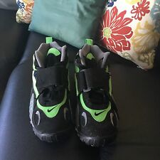 Nike Sneakers. Neon Green & Black Size 8.5 in Men.