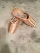 Bloch Axiom Pointe Shoes Size 5.5 1X