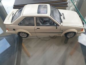 1/18 Ford Escort RS Turbo Road car Loft find