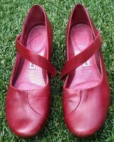 Tsubo Red/Merlot Wedge Platform Mary Jane Shoe Size 9