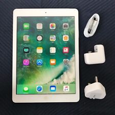 GRADE A- Apple iPad Air 32 GB, Wi-Fi + Cellular (Unlocked), 9.7in - Silver