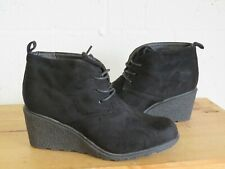 BLACK FAUX SUEDE WEDGE HEEL ANKLE BOOTS SIZE 5 /38 BY COCOPERLA USED CON
