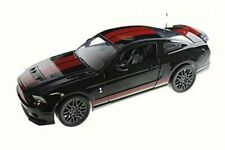 2013 Ford Shelby GT500 - Shelby Collectibles SC399 - 1/18 Scale Diecast Car