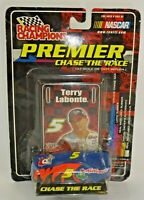 Terry Labonte # 5 Racing Champions Premier CHASE THE RACE 1:64 NASCAR 2001