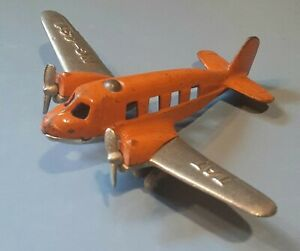1930s HUBLEY cast iron airplane twin engines