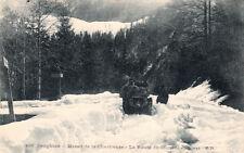 MASSIF DE LA GRANDE CHARTREUSE 495 la route du couvent en hiver voiture